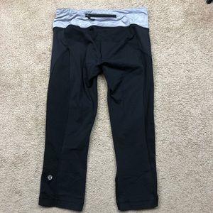 Lululemon black luxtreme crop leggings size 6